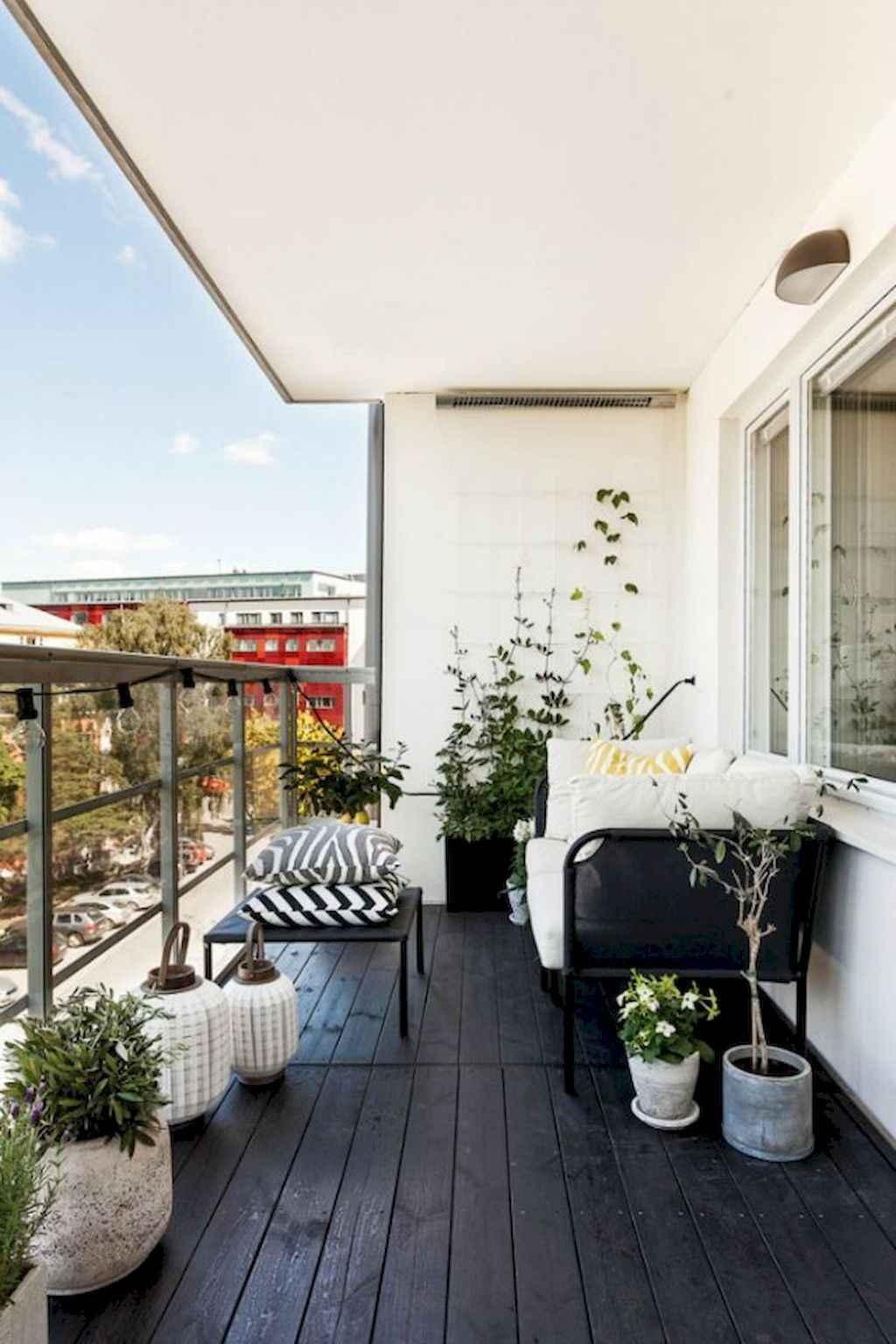 Cozy small apartment balcony decorating ideas 19 for Apartment balcony design ideas