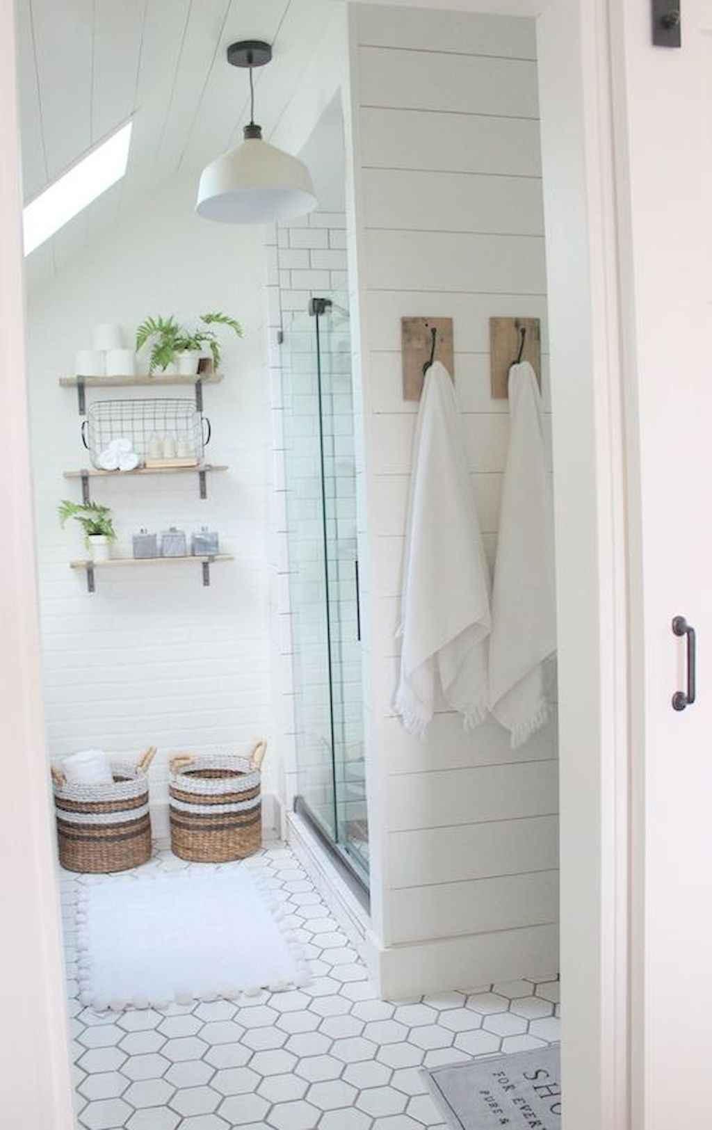 Rustic farmhouse master bathroom remodel ideas 27 for Rustic farmhouse bathroom ideas